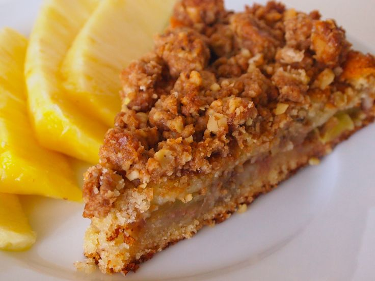 Pineapple Crumb Cake - Sweet vanilla cake with mounds of crunchy crumb topping!