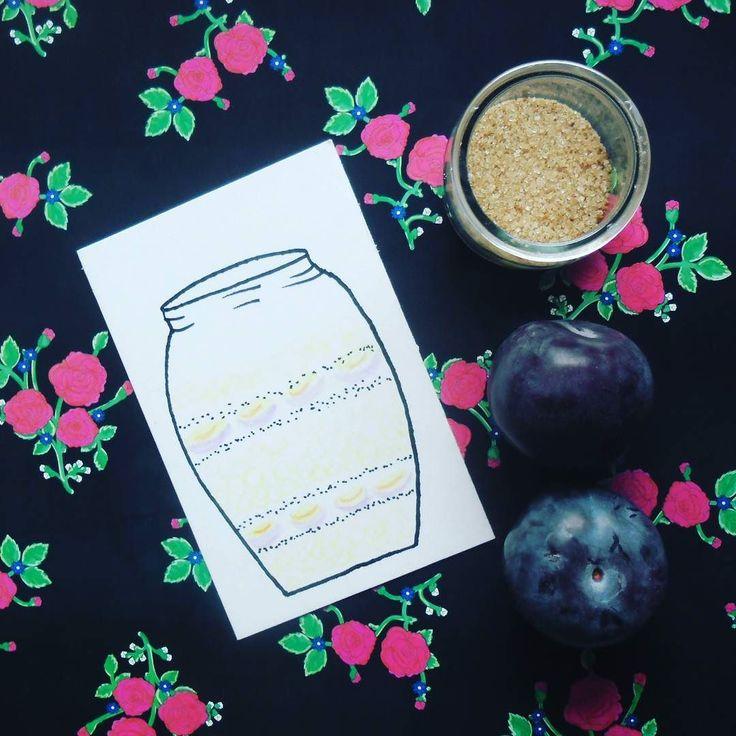 Na blogu wkrótce nowy wpis z przepisem na nocną owsiankę. Dochodzę do siebie po przymusowej zmianie komputera :) #oatmeal #doodles #plums  #cinnamon #GawraStefana