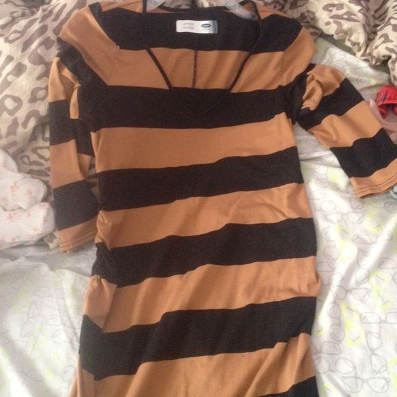Old Navy Maternity Dress. Worn Once. Ankle Length Size:Small Stretches. Old Navy Dresses