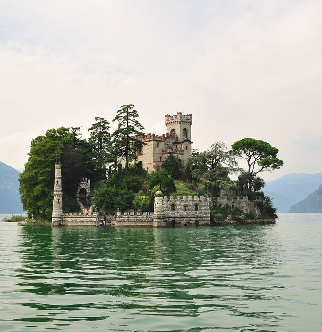 Traveling to Italy - picture