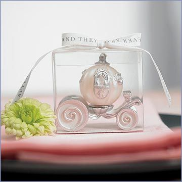In the true Cinderella theme, show your guests that your prince charming has wisked you away with this Cinderella Wedding Carriage Candle. As an accent to your decoration or as your reception favor nothing says fairy tale like a wedding carriage.