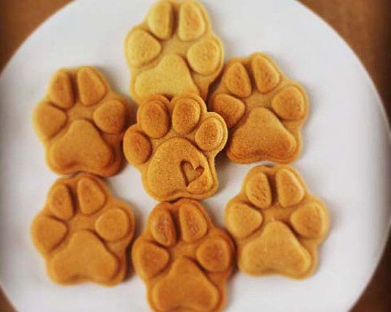 paw prints cookie cutters biscuit cutter paws print dog
