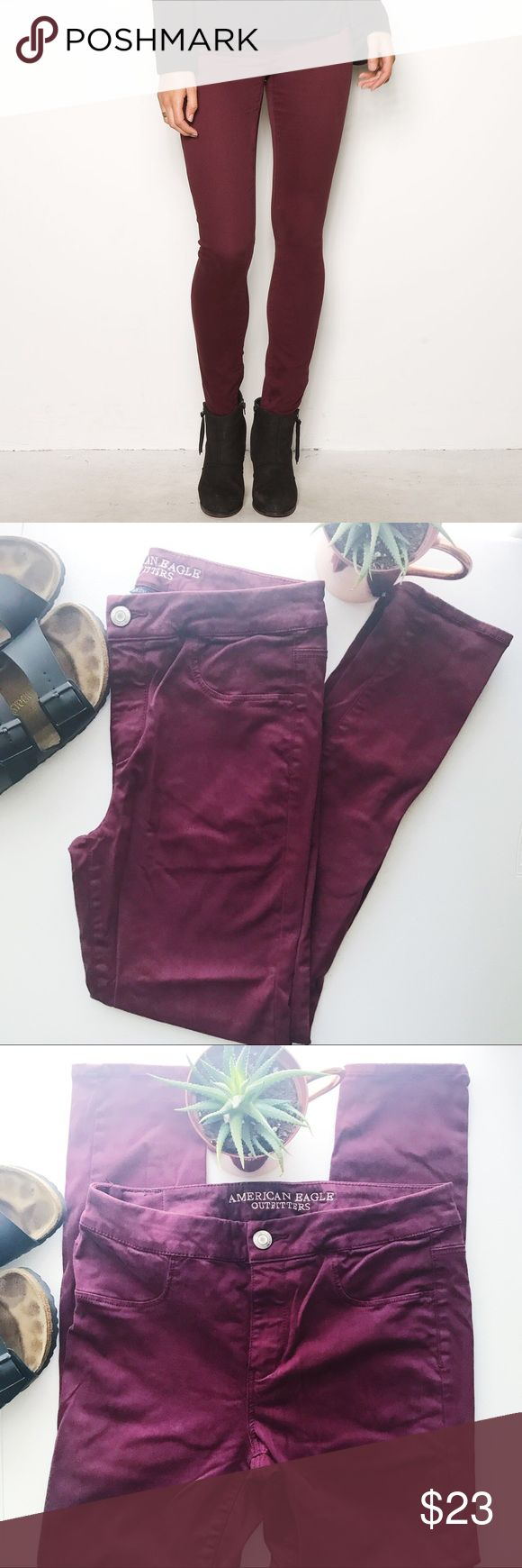 NWOT AMERICAN EAGLE 🦅 jegging AMERICAN EAGLE 🦅 Jegging. Super stretch high rise skinny jean that pops your closet with a fun wine color. Throw your leather jacket and some ankle boots with it for a more sleek look or add a basic white tee and your converse to complete a cute casual style! 🌵BUNDLE AND SAVE! Offers welcome 💌 American Eagle Outfitters Jeans Skinny
