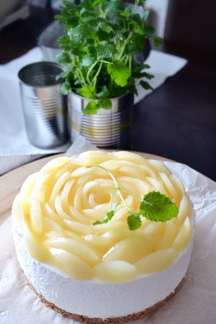 Our famous creek #yogurt #cheecekake #cake with #pear rose #cutiepiebaking
