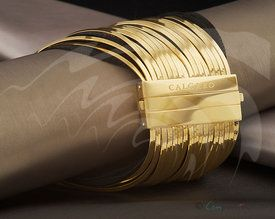 CALGARO jewelry in gold and black coloured silver.