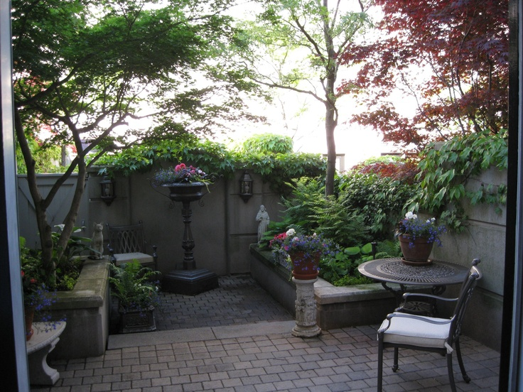 22 best front yard images on pinterest courtyard ideas for Front yard courtyard
