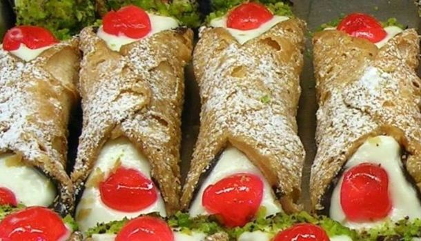 Ah the sicilian cannoli. These sicilian treats are eaten during the carnival season and have become worldwide symbols of sicilian cuisine. Cannoli traditionally are filled with ricotta cheese but you can also use mascarpone, or even custard should you wish. Before we see the ingredients you are going to want to get some cannoli tubes […]