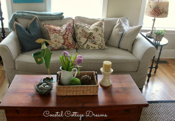 Using A Cedar Chest For A Coffee Table Repurposed Pinterest