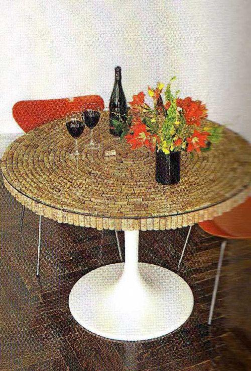 Какво може да се направи от винени тапи.  Идеите за вътрешна украса