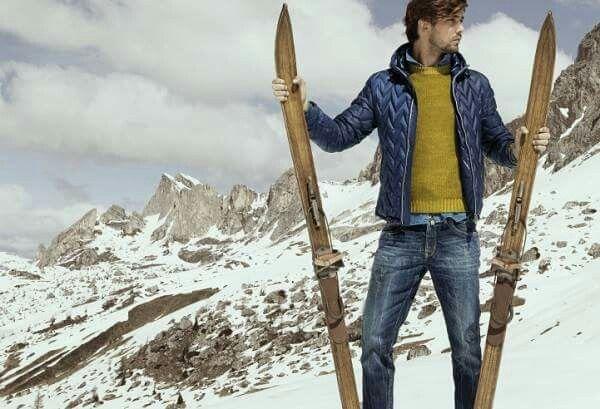 FRADI Italian total look: your stylish daily wear!  #pantone #pantoneboutique #fradi #fradiabbigliamento #tailor #tailoring #handmade #italy #madeinitaly #formal #jackets #coats #matera #fashion #moda #uomo #winter #fall #inverno #autunno #style #stylish #outfitoftheday #ootd
