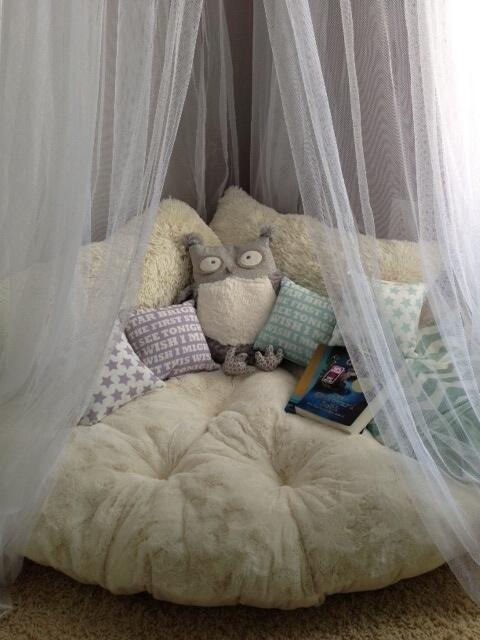 cozy book corner