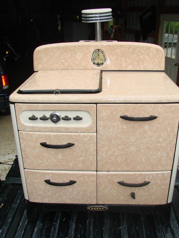 Early #1930's #Norge art deco stove with peach porcelain finish