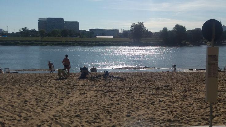 Relaks na plaży saskiej. fot. Aleksandra Mysiorska