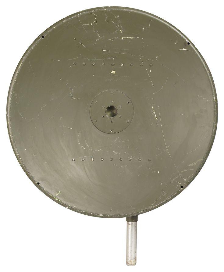 Un decodificador digital convierte el audio y video en señales que los antiguos televisores pueden interpretar. Después de la conversión a televisión digital, los televisores análogos deben conectarse a un decodificador, ya sea si la señal proviene de una antena, servicio de cable o satelital.