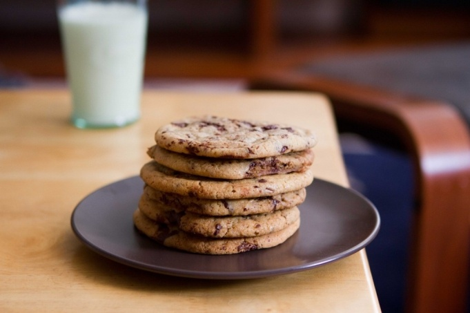Jacques Torres's Chocolate Chip Cookies from @Brian - A Thought For Food: Eating Desserts, Desserts Recipes, Chocolate Chips, Torres Chocolates, Chocolates Chips Cookies, Choc Chips Cookies, Jacques Torress, Chocolate Chip Cookies, Torress Chocolates