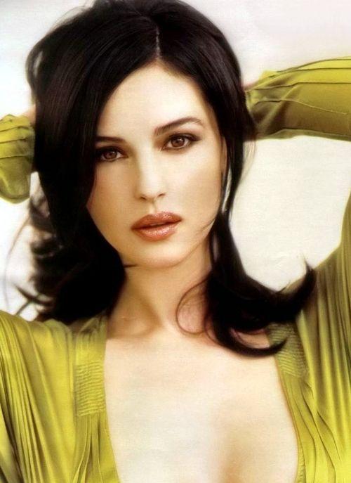 Monica Bellucci ... gorgeous ♥