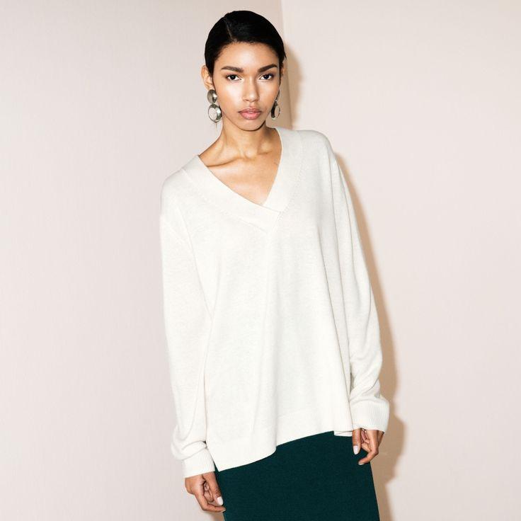 fwss ain't no mountain sweater white
