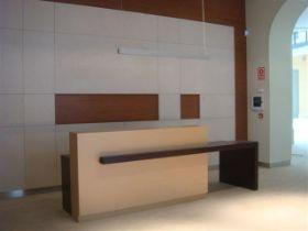 Mostrador de la recepción del Registro de la propiedad de Valladolid