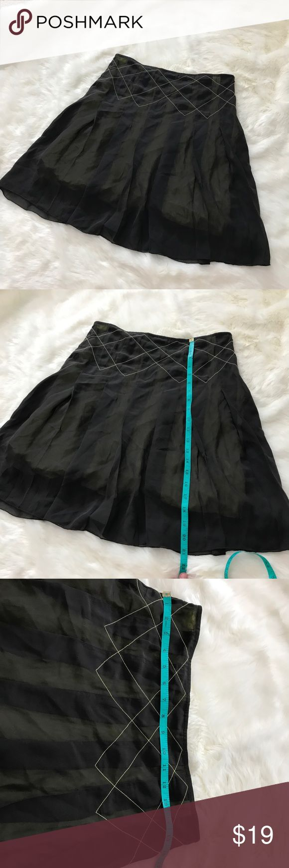 Urban Outfitters Lux Brown Yellow Pleated Skirt 5 EUC Urban Outfitters Lux Skirt Brown And Neon Yellow Pleated Skirt 5. Brown with neon lining. Side zipper. Size 5. No flaws. See pictures for measurements Urban Outfitters Skirts Mini