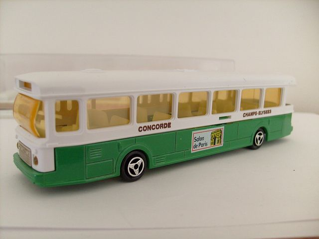 MAJORETTE SAVIEM SC10 BUS CONCORDE CHAMPS ELYSEES 1/64 | Flickr - Photo Sharing!