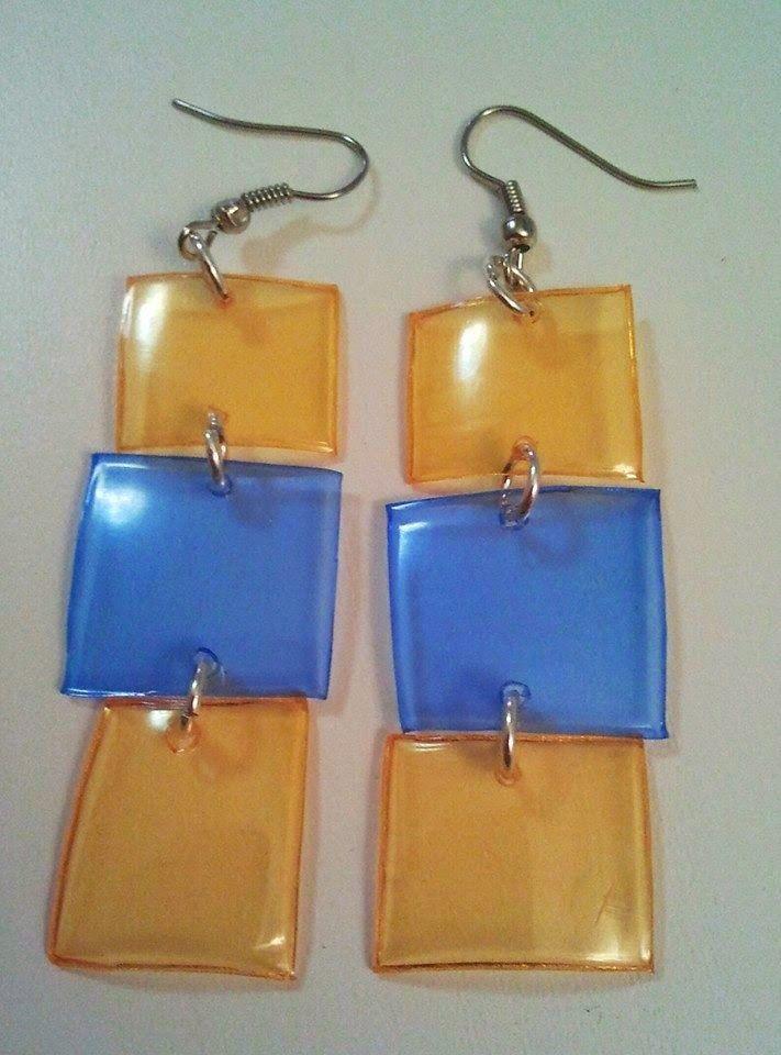 Un blog pieno di...Impronte!: Gioielli in plastica riciclata - Recycled Pet Jewelry