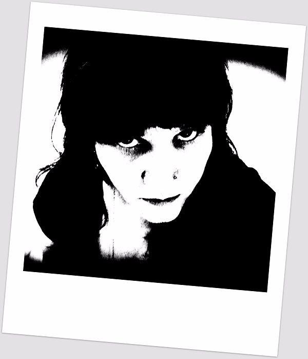 Black white portrait, cabin fev - satuy   ello