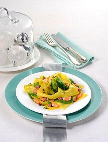 Lasagnette con crema di broccoli e gamberi Ricetta con verdura di stagione ideale per chi cerca un'alternativa alla classica lasagna