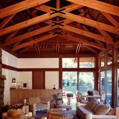 Decor pictures and design on pinterest for Exposed roof trusses images