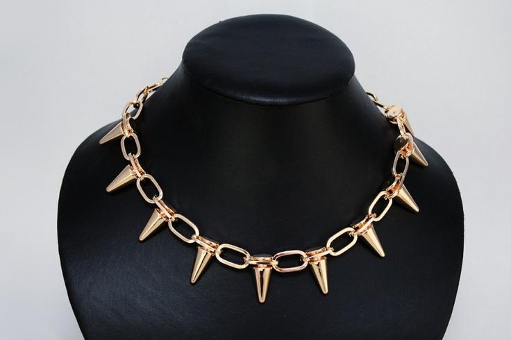 Fashionable spikes ketting goudkleurig