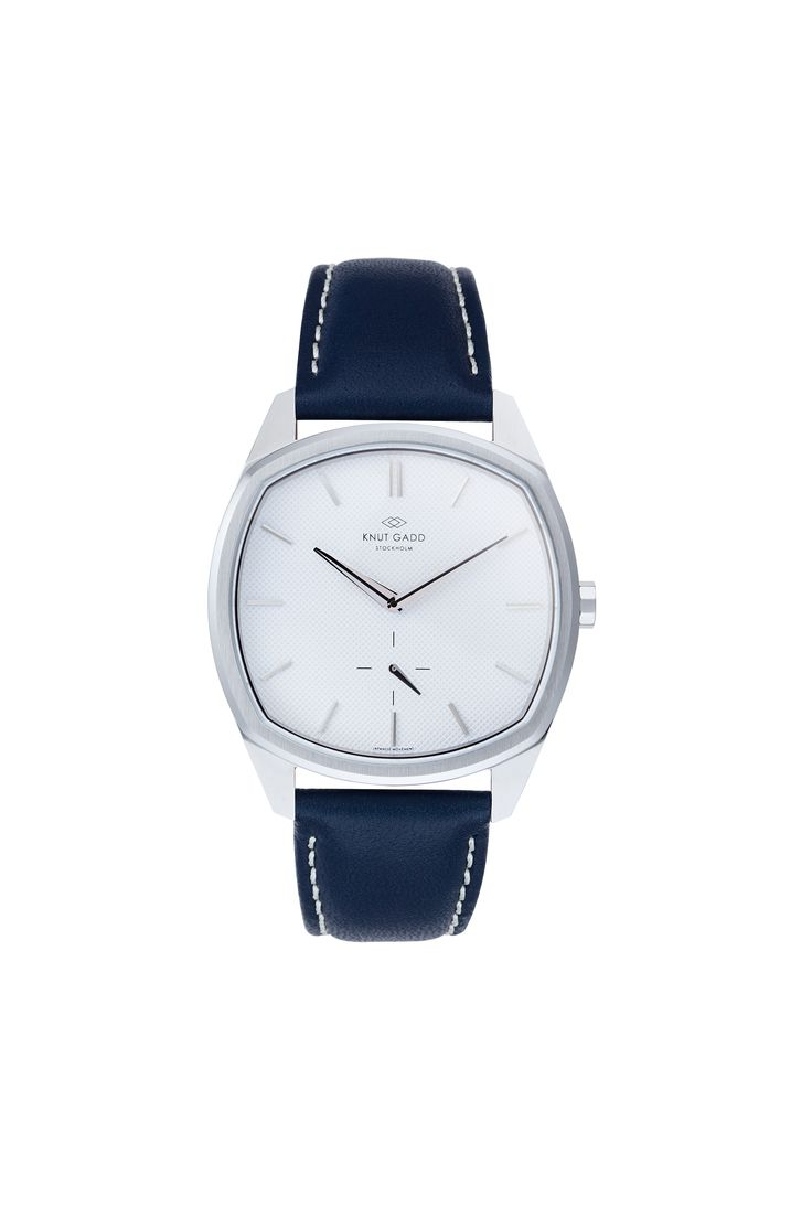 #knutgadd #knutgaddstockholm #watches #blueleather #silverwatch #fashion #wristwatch  #wristband #style