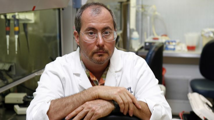 Ben Barres Neuroscientist and Equal-Opportunity Advocate Dies at 63