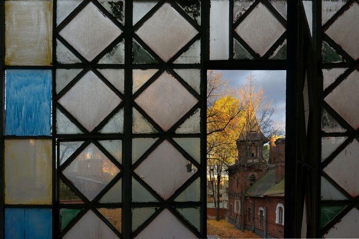 http://petrosphotos.livejournal.com/
