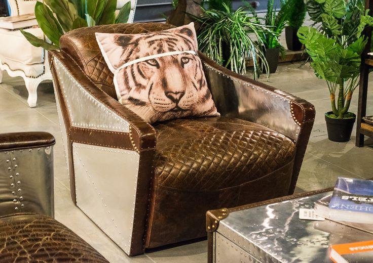 ¡Renueva tus espacios con ayuda de los textiles! Cambia los cojínes, los manteles y las telas decorativas, para darle una nueva imagen a cada habitación de tu hogar.  Cojínes ilustrados de la colección #ambientelivingbyantilope