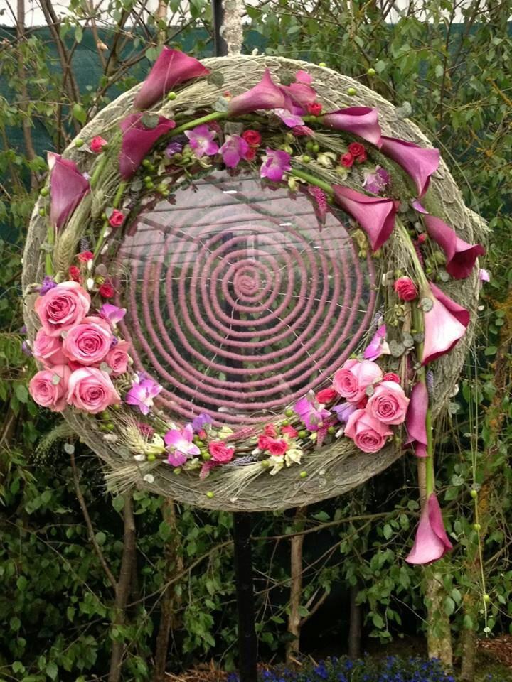 roze cirkel met staghis blad rozen calla s