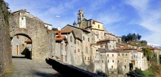 La cultura è parte integrante di paesi come Pontremoli, Mulazzo e Montereggio. Infatti c'è il Premio Bancarella
