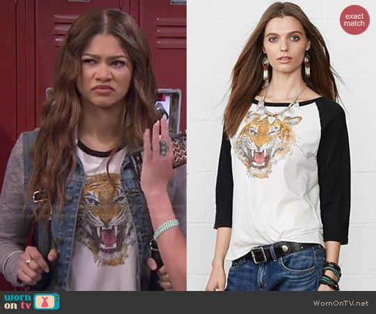 KC's tiger face tee and denim jacket on KC Undercover.  Outfit Details: http://wornontv.net/48100/ #KCUndercover