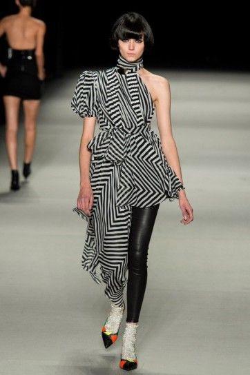Asimmetric dress di Saint Laurent