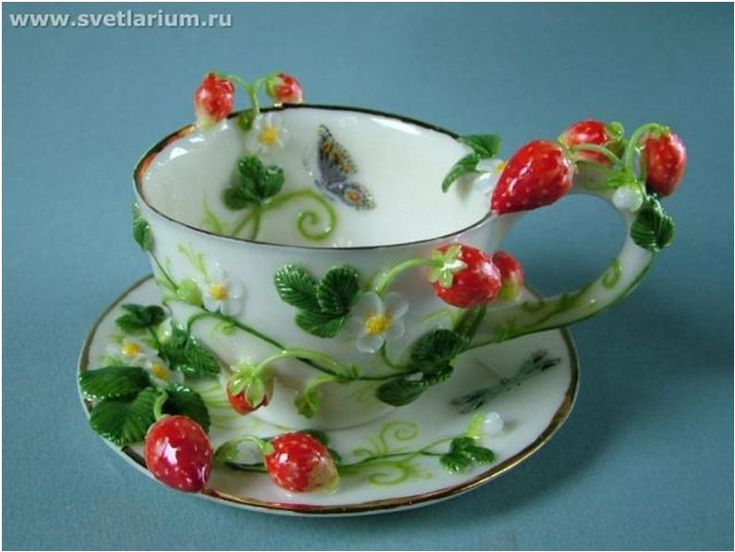 This is an amazing collection of cups plus creative ways to re-use vintage…