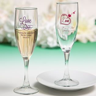 Personalized Champagne Flute Favors with Exclusive Designs