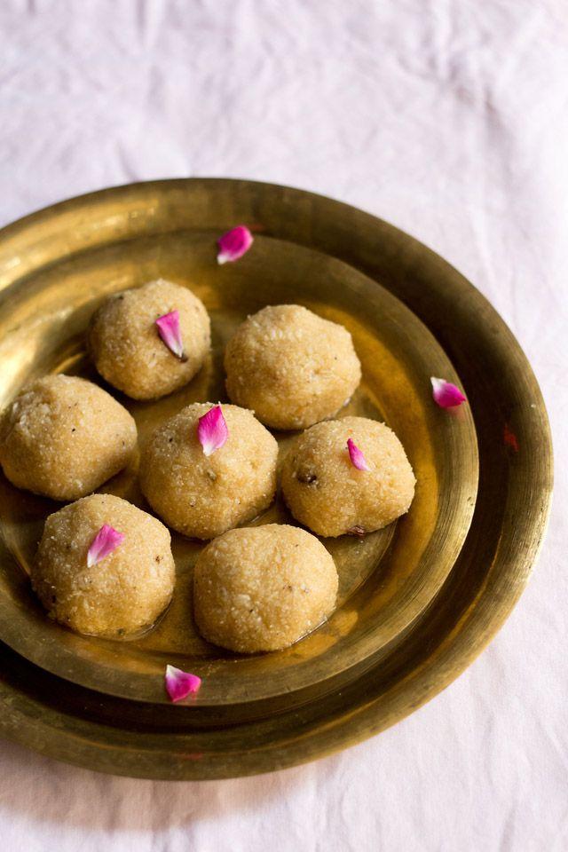 sabudana ladoo – an indian sweet made from tapioca pearls. vegan recipe