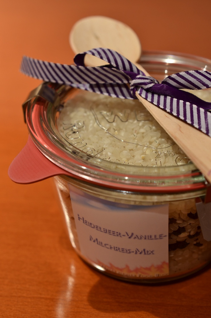 Heidelbeer-Vanille-Milchreis-Mix im Glas