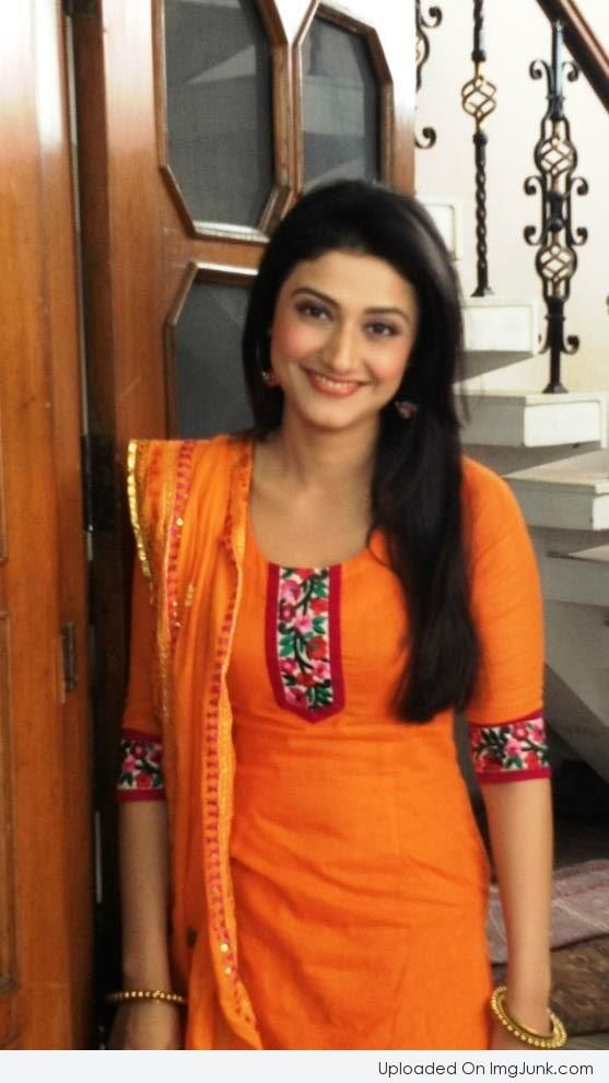 Ragini Khanna Pictures, Images