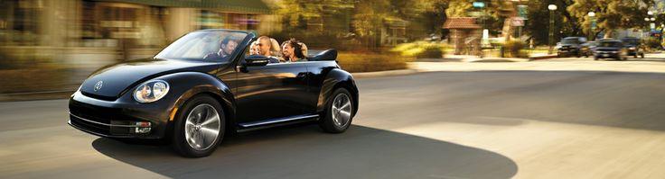 Le Volkswagen Beetle décapotable 2014 - Model Landing - Centre-Ville Volkswagen