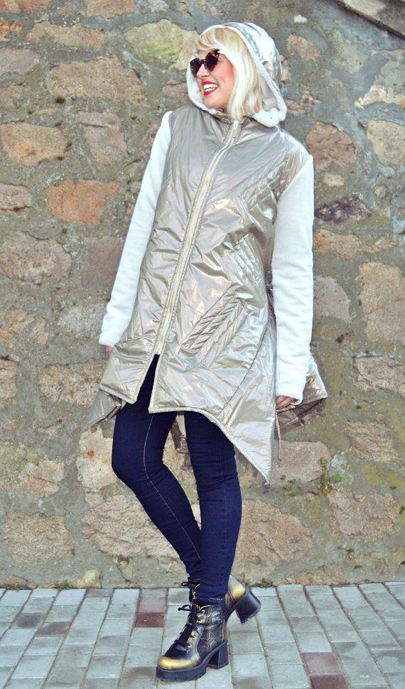 Metallic Greige Padded Jacket / Extravagant Metallic by Teyxo