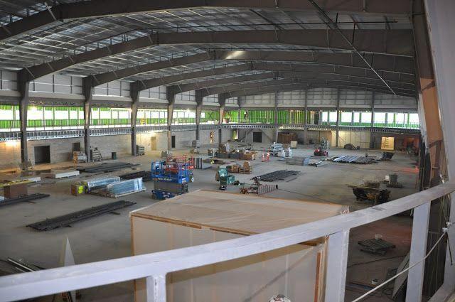 New 3 Court Hardwood Floor Gymnasium At Dakota Community Centre Set To Open This Fall Construction On Basketball Court Size Basketball Knee Basketball Court