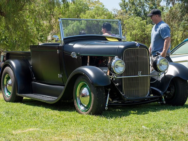 Drifters garage 1928 ford model a roadster pickup car for Garage ford a longwy