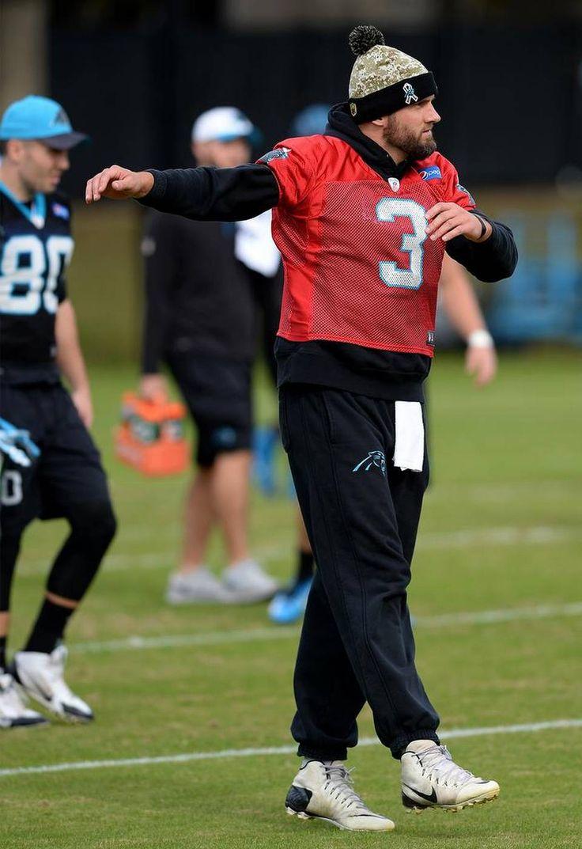 Carolina Panthers quarterback Derek Anderson dances during stretching on Wednesday, November 18, 2015 in Charlotte, NC.