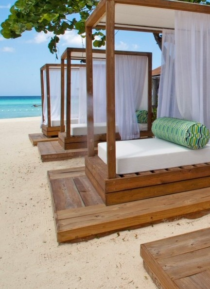 Jetset your mind over to #Jamaica!