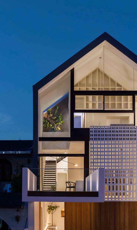 Through House Singapore Materium