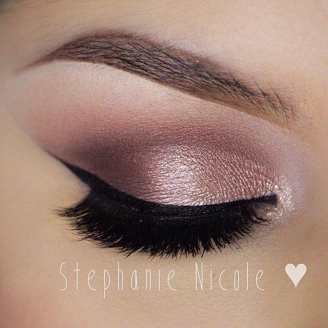 Rosy eye makeup inspiration | Inspiração de maquiagem rose para os olhos